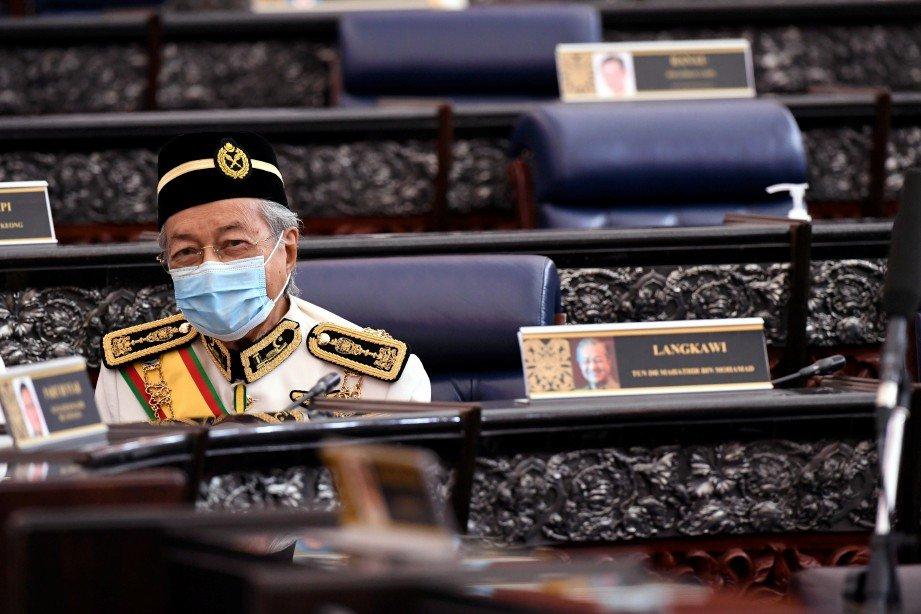 DR Mahathir hadir pada Istiadat Pembukaan Mesyuarat Penggal Ketiga Parlimen ke-14 di Bangunan Parlimen hari ini. FOTO Bernama