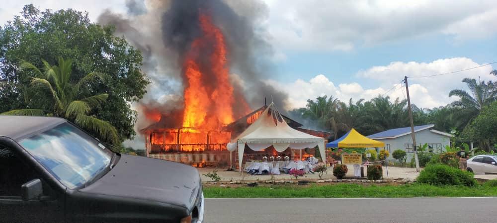 Majlis pertunangan kecoh angkara rumah terbakar